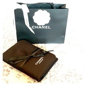 Authentic Chanel makeup brush case with mirror